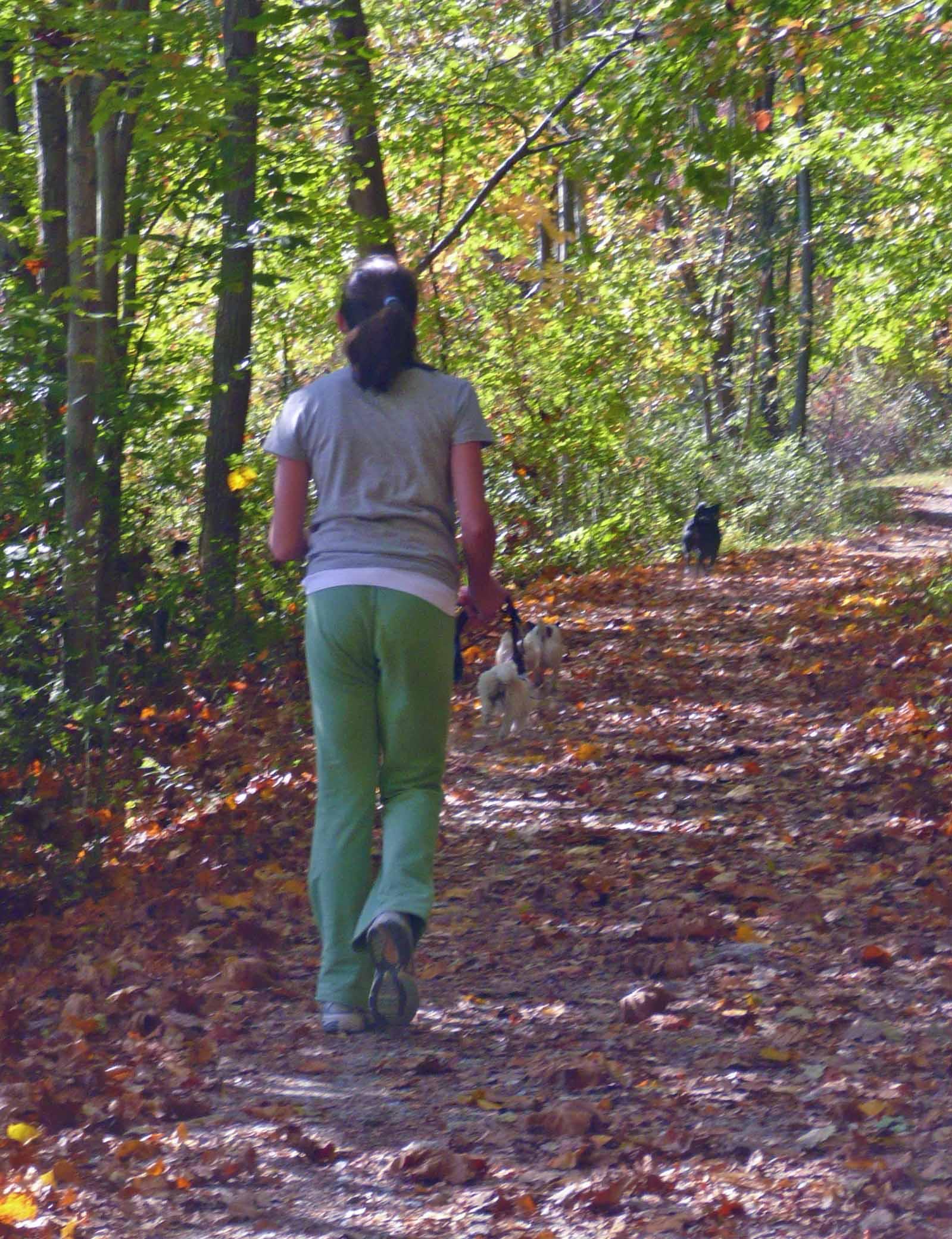 Meg walk2